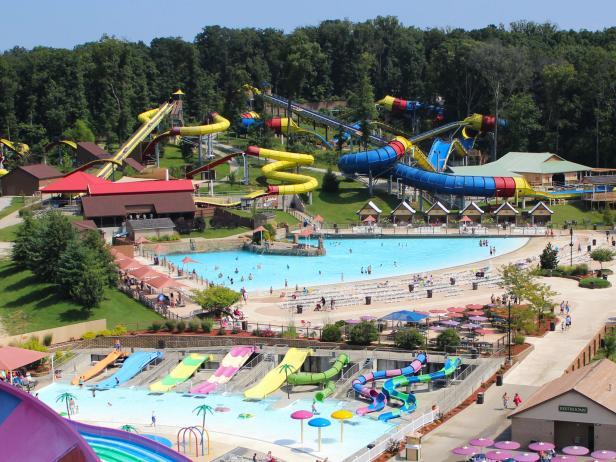 Water Slides, Holiday World and Splashin Safari
