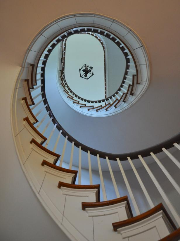 Classic Staircase in Culpeper, Virginia Home