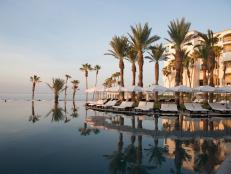 Luxury Outpost Hilton Los Cabos