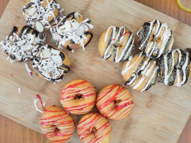 Donut selection at Mama's Minis