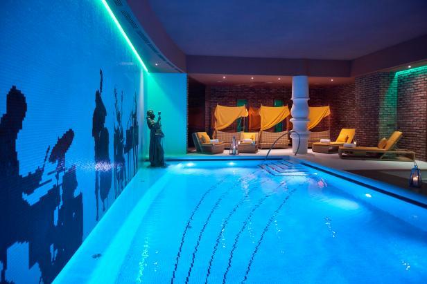 Aria Budapest Hotel Pool