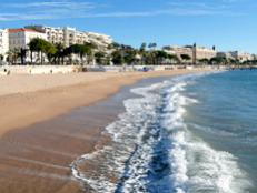 France's beach towns spoil visitors with endless days of sunshine, welcoming stretches of beach and stunning women in teeny bikinis along the Côte D'Azur.