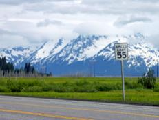 Explore Alaska on an RV road trip, seeing Denali, Fairbanks, Valdez and everything in between.