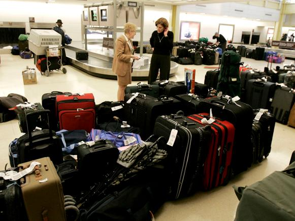 51892726MW006_Baggage