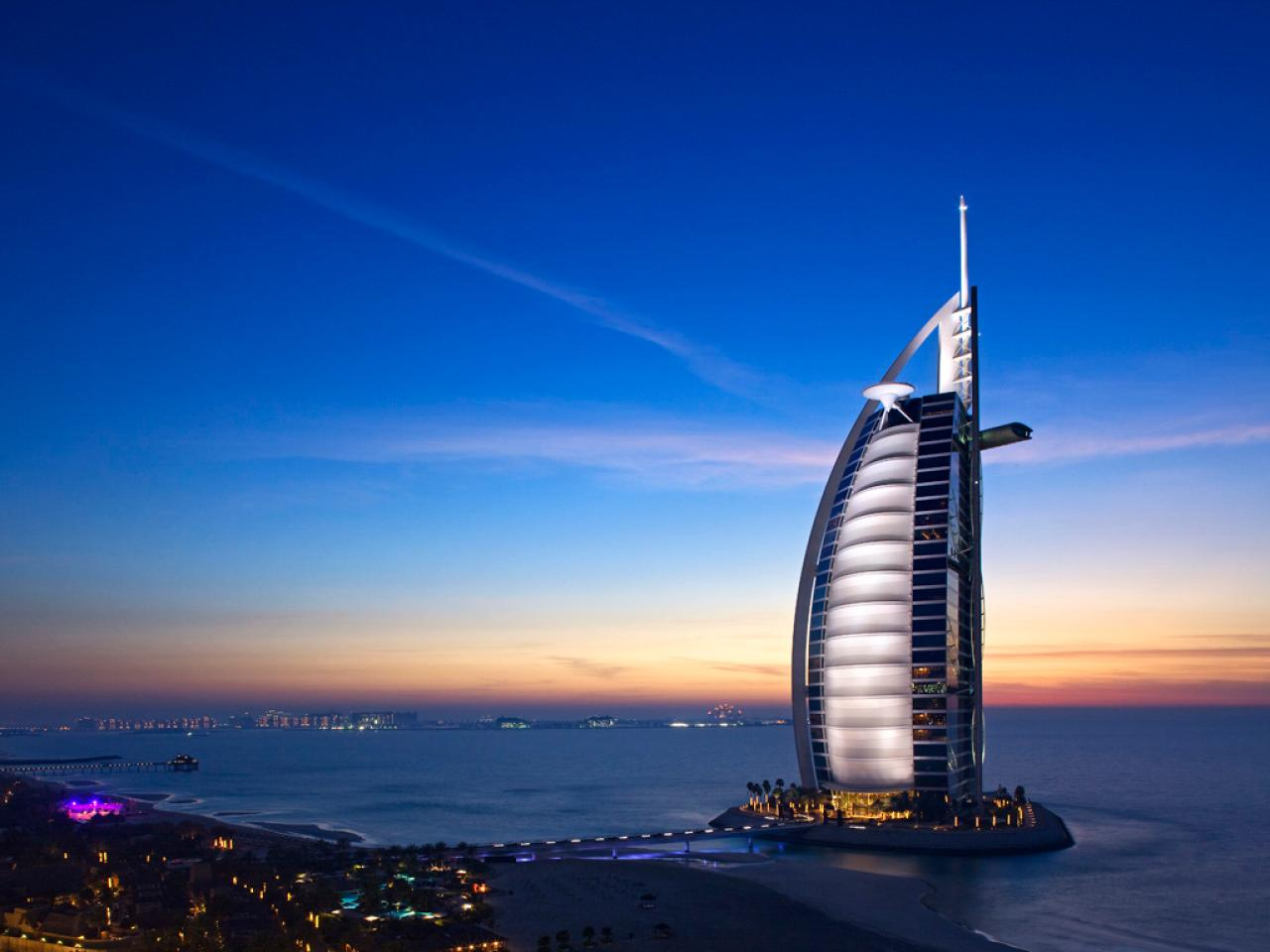 top 5 dubai luxury hotels travel channel