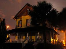 Ghost Adventures investigate the historic Riddle House, a former funeral parlor, in West Palm Beach, FL.