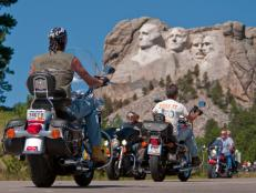 Ride to Mount Rushmore