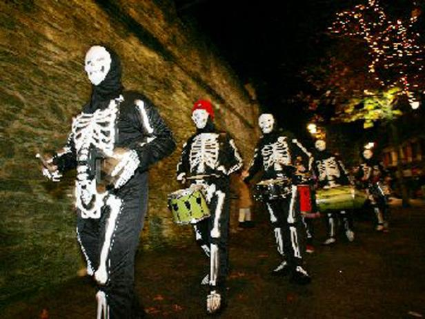 Banks of the Foyle Hallowe'en Carnival