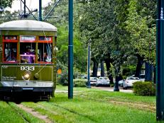 Things to do in New Orleans - St. Charles Streetcar