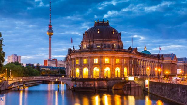 Germany city tour - Berlin