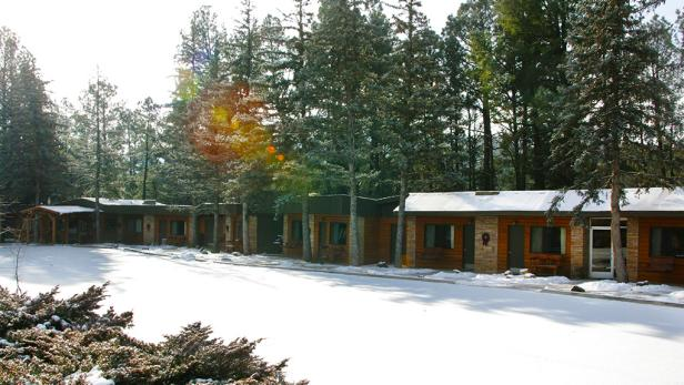 West Winds Lodge