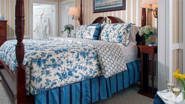 old harbor inn, bed and breakfast, b&b, cape cod, massachusetts