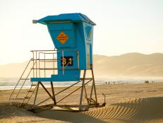 From private coves perfect for sunbathing to family-friendly public sands complete with concessions, the Golden State has a beach that fits the bill for all its visitors.
