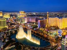 Skyline, The Strip, Bellagio Fountains, Paris Las Vegas Hotel, Nevada