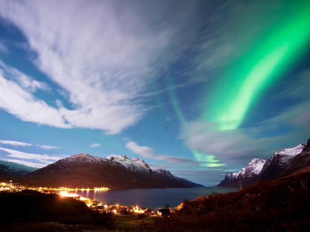 northern lights, village, ersfjordan, kvaloya, norway
