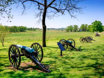 cannons, gettysburg national military park, daytime, blue sky, field,