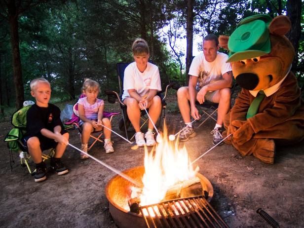 family, campfire, Yogi Bear, Jellystone Park, Larkspur, Colorado