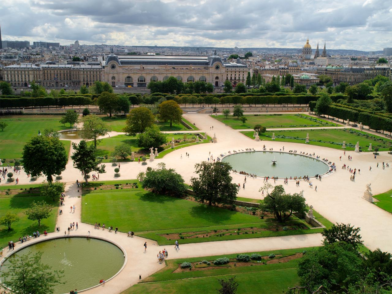 Summer in paris paris paris for Paris tuileries