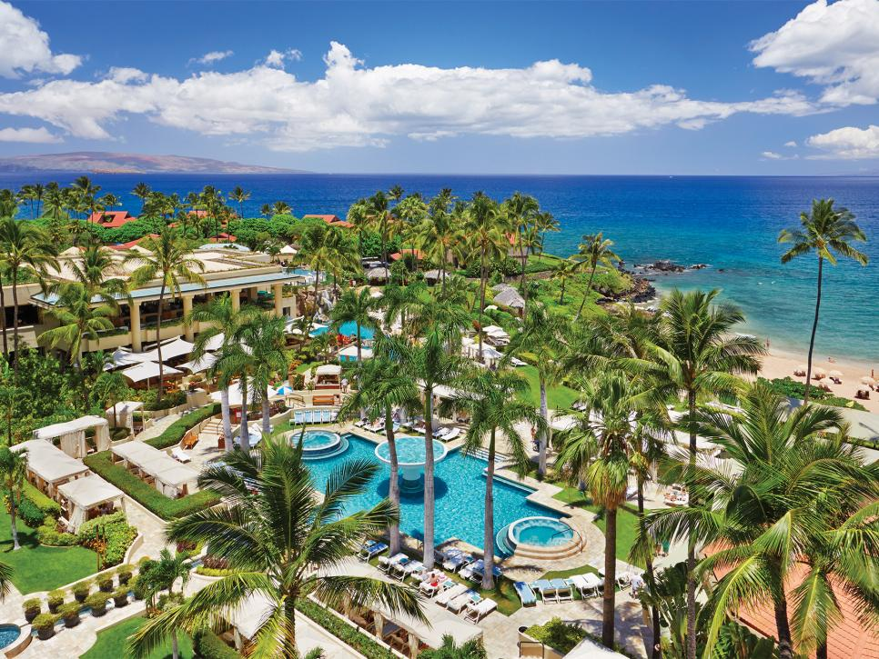 Best hawaiian resorts travel channel for Best luxury hotels in maui