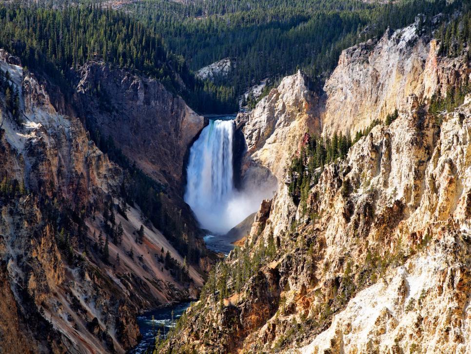 Explore Yellowstone National Park Travelchannel Com