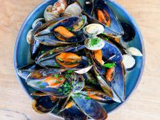close-up, mussels, dish, food, wooden table,