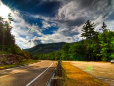 TravelChannel.com takes you on a trip to New England to see beautiful fall foliage and scenic trails in New Hampshire's national parks.