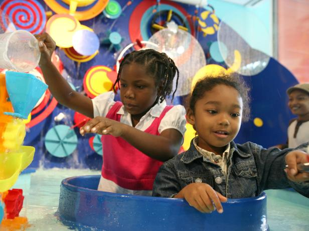 Kids playing at the Brooklyn Children's Museum