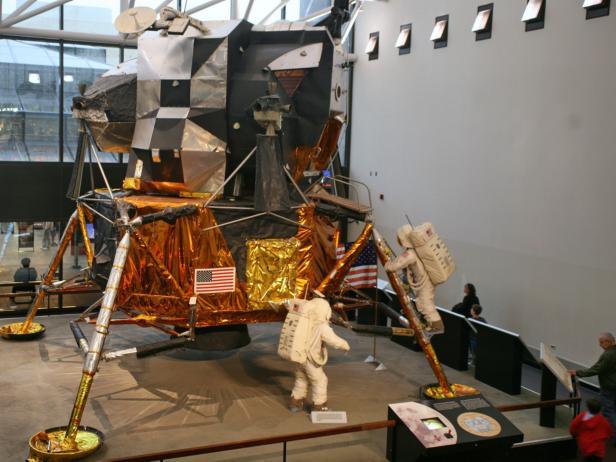 Smithsonian Insitute Air and Space Museum Apollo Exhibit