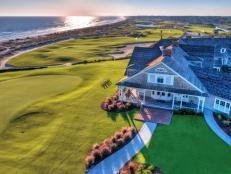 You don't have to be a golfer to vacation on pristine Kiawah Island, located just off the South Carolina coast near Charleston -- but it's an added bonus if you are.