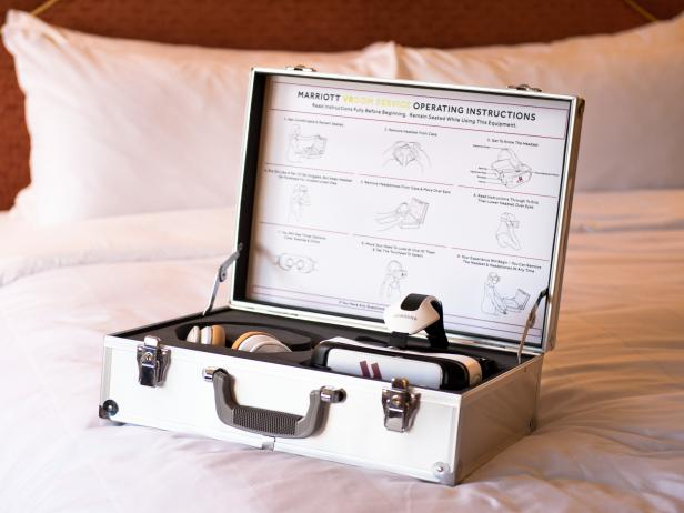 Marriott Hotel V-Room Service Case