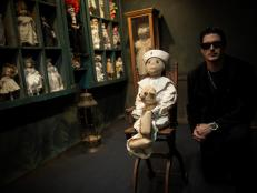Zak Bagan in Doll Room