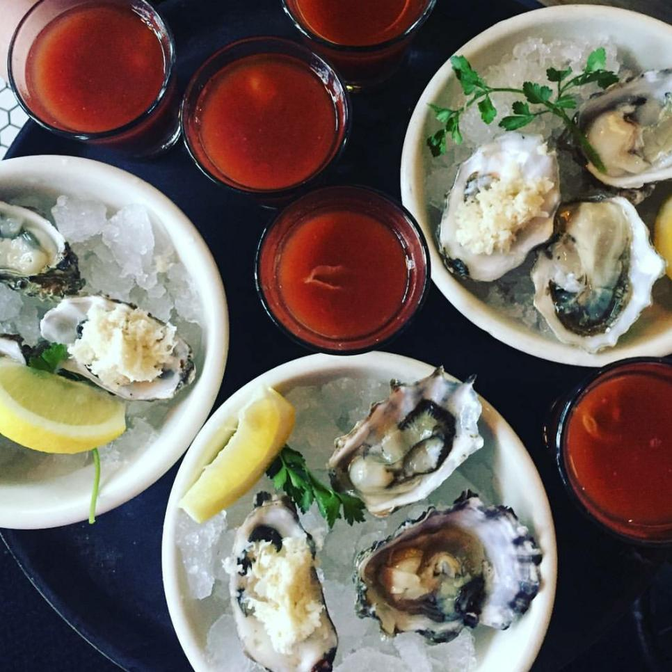 10 seattle restaurants dishing fresh and local fare | seattle