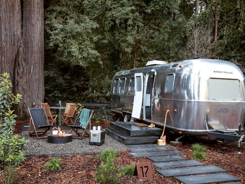 12 Retro Chic Trailer Park Resorts