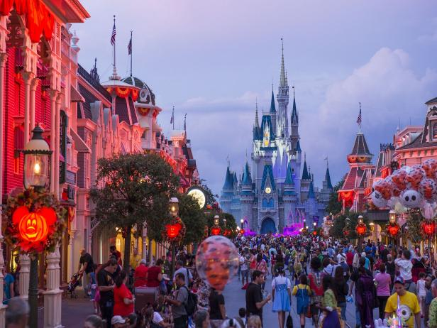 Buy Tickets for Amusement Park Halloween Events | Travel Channel