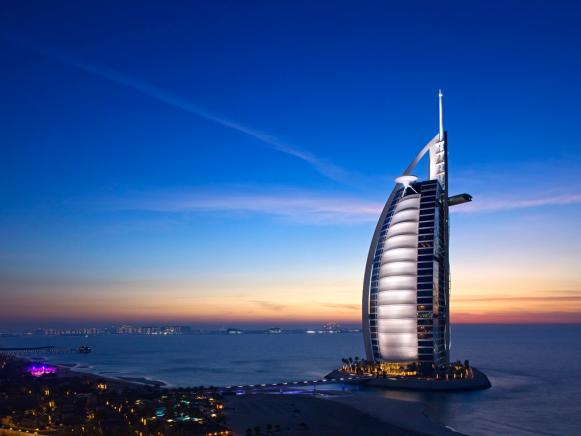 Top 5 dubai luxury hotels travel channel for Dubai world famous hotel
