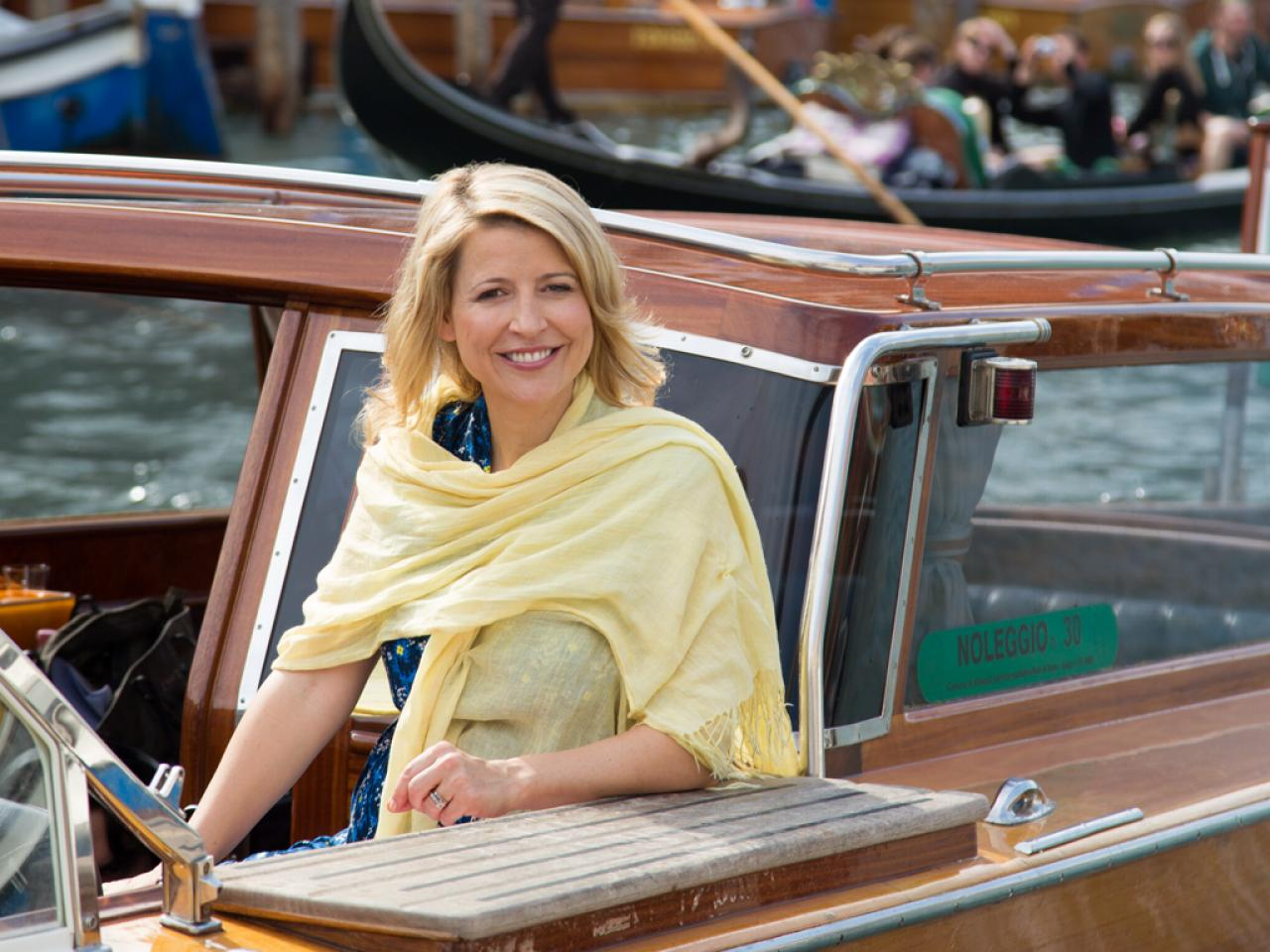 Samantha Brown Has Spent More Than A Decade At Travel Channel Living In Airports Hotels And Out Of Suitcase As She Visits Hundreds Cities Around