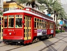 Getting around New Orleans just got easy. Check out our tips for navigating the Crescent City by streetcar, pedicab and more!
