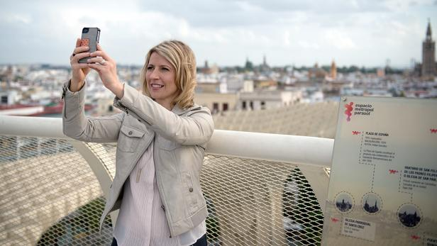 Sam Brown takes a photo of herself in Spain