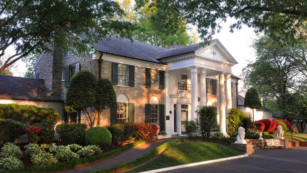 What to do in Memphis - Graceland