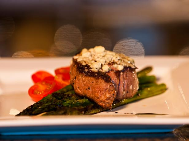 cru bistro & wine bar, filet, knoxville, tennessee