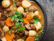 traditional irish stew, meat, potatoes, ireland