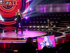 reality tv, singing competition, live studio set