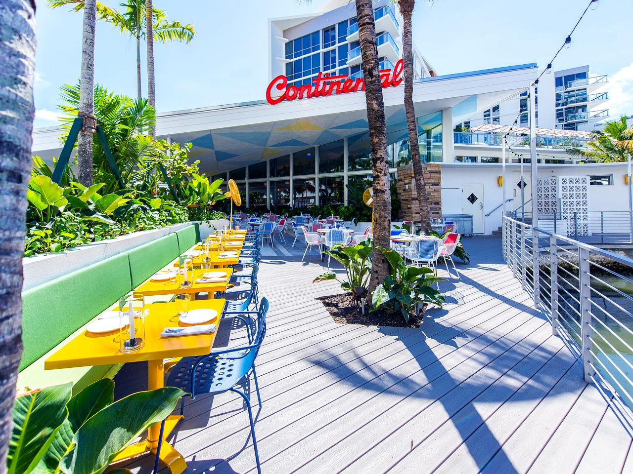 Famed Restaurateur Stephen Starr Recently Launched Continental An Outpost Of His Original Philly Restaurant The Same Name In South Beach To Much