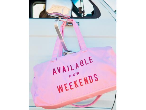 34f102307f rx bando luggage-personality weekender getaway-duffle-bag .jpeg.rend.hgtvcom.616.462.jpeg